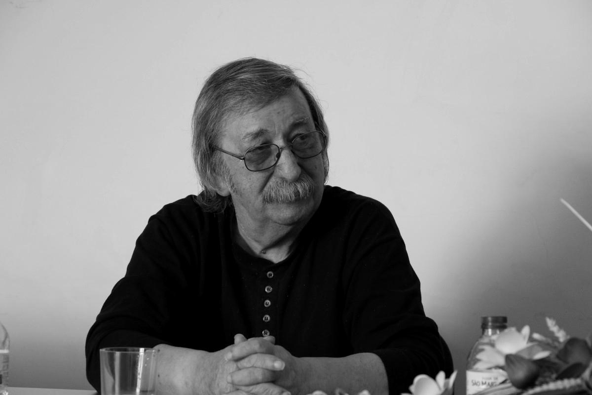 You are currently viewing António Lúcio Vieira (1943-2020) | O adeus a um poeta maior