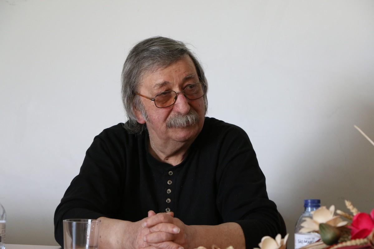 Um inédito de António Lúcio Vieira a celebrar o Dia da Poesia